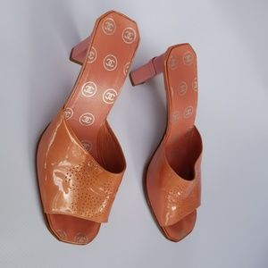 Chanel Mules pink size 38